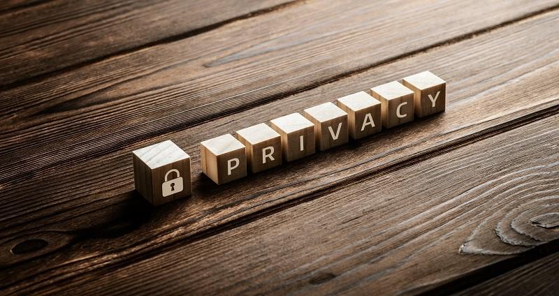 privacy beeldje